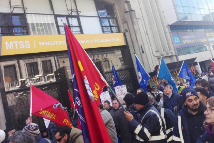 """Abdala: """"La utopía reaccionaria no pasará en Uruguay porque hay una clase obrera unida, firme y un pueblo consciente"""""""