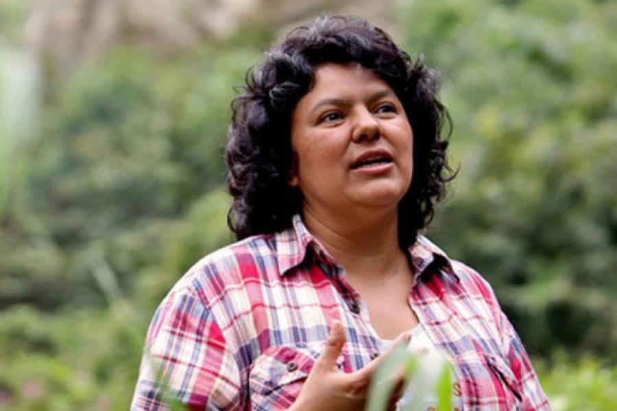 El lunes 7 a las 16 horas concentración frente al Consulado de Honduras en repudio al asesinato de la luchadora social Berta Cáceres Flores