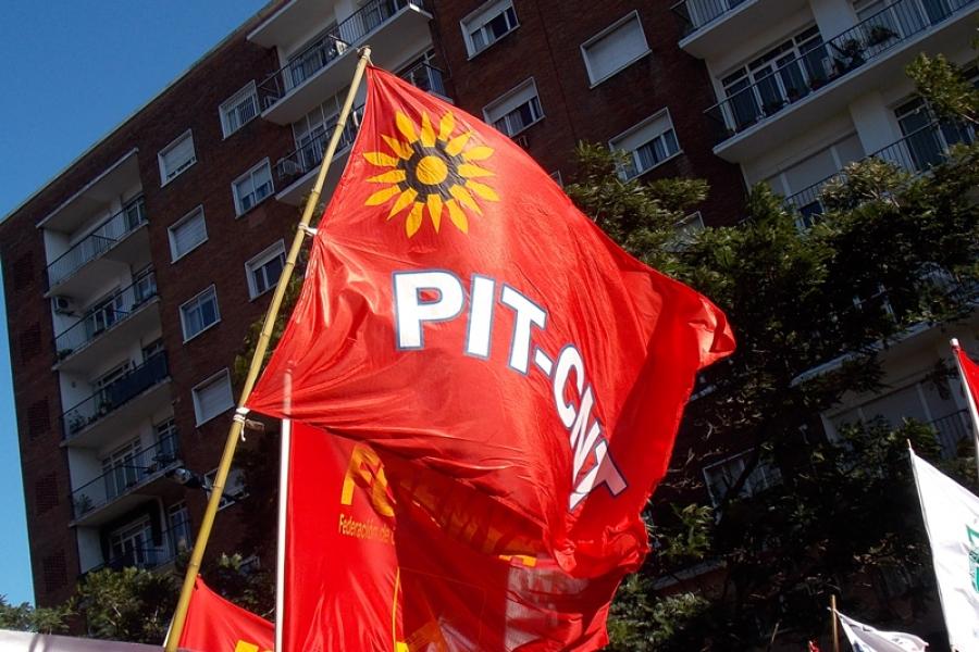 Sindicatos privados no descartan parar y movilizarse en la primera quincena de agosto